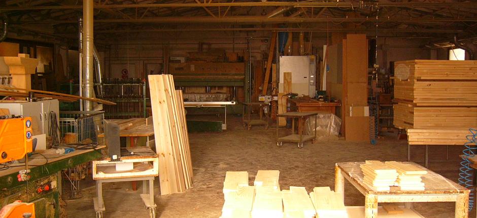 Falegnameria zanarello a villa del conte padova produce casette in legno tettoie gazebi in - Mobili per esterni in legno ...